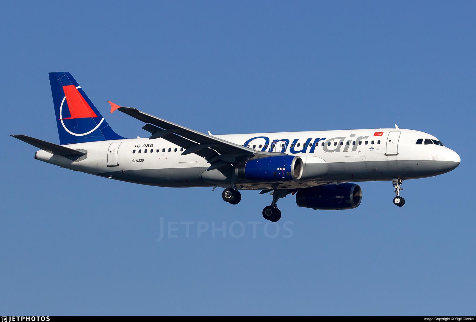 TC-OBG - Airbus A320-233 - Onur Air