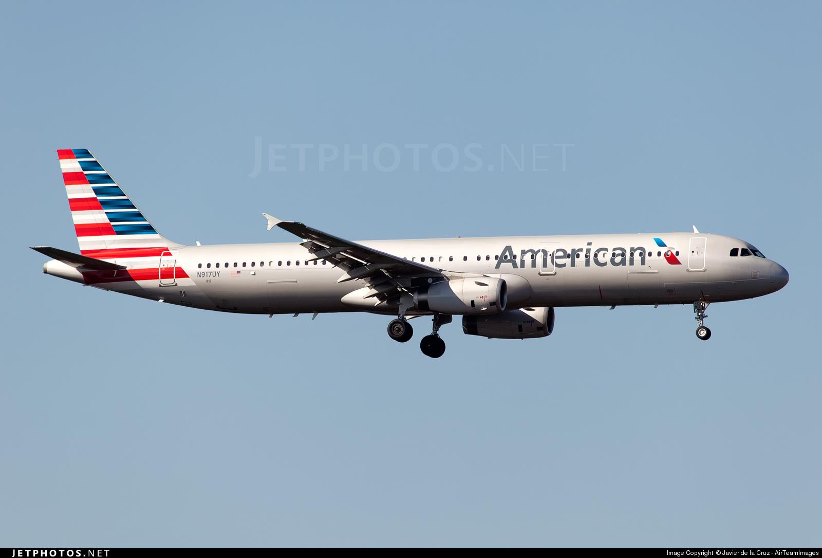 N917uy Airbus A321 231 American Airlines Javier De