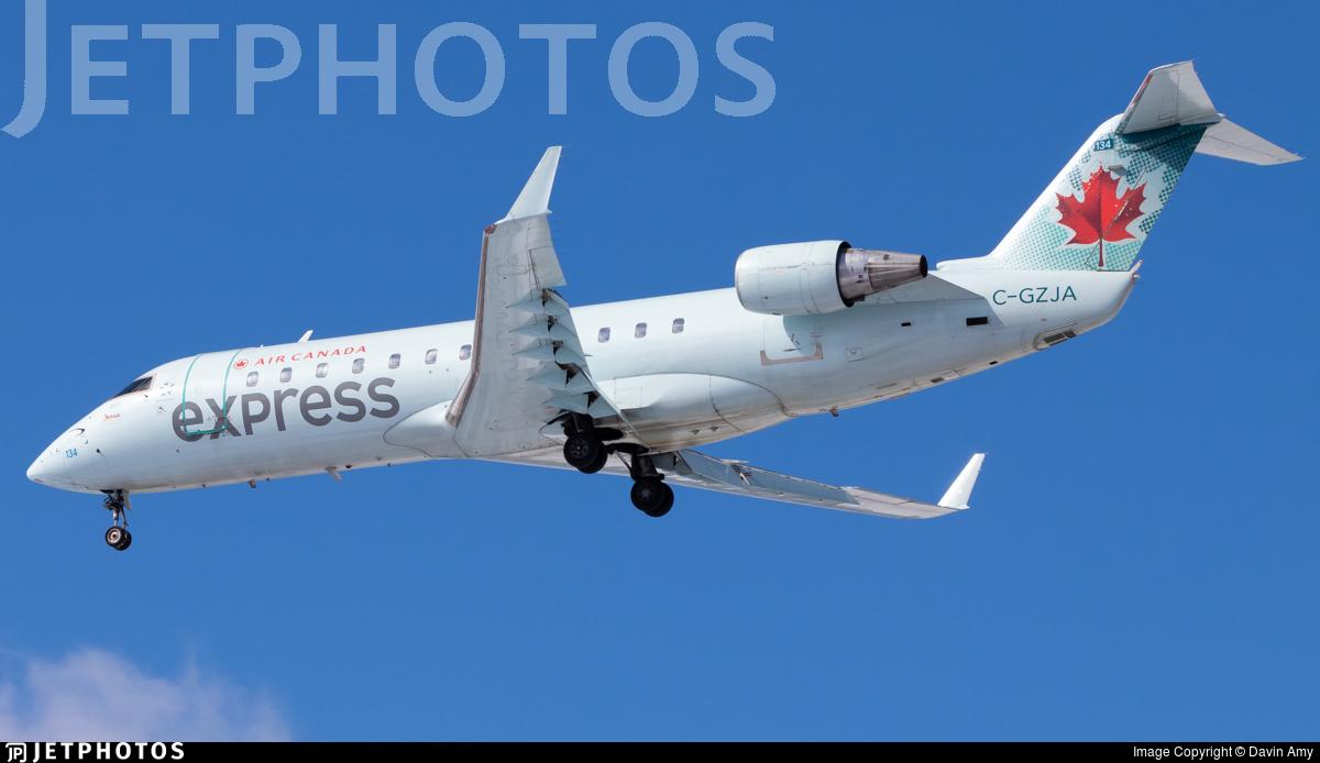 C-GZJA - Bombardier CRJ-200ER - Air Canada Express (Jazz Aviation)