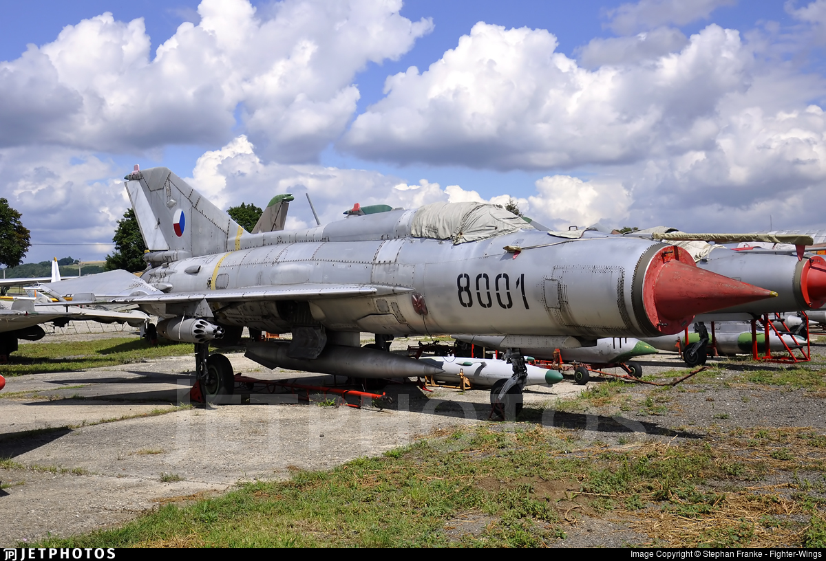 8001 - Mikoyan-Gurevich MiG-21PFM Fishbed - Czech Republic - Air Force