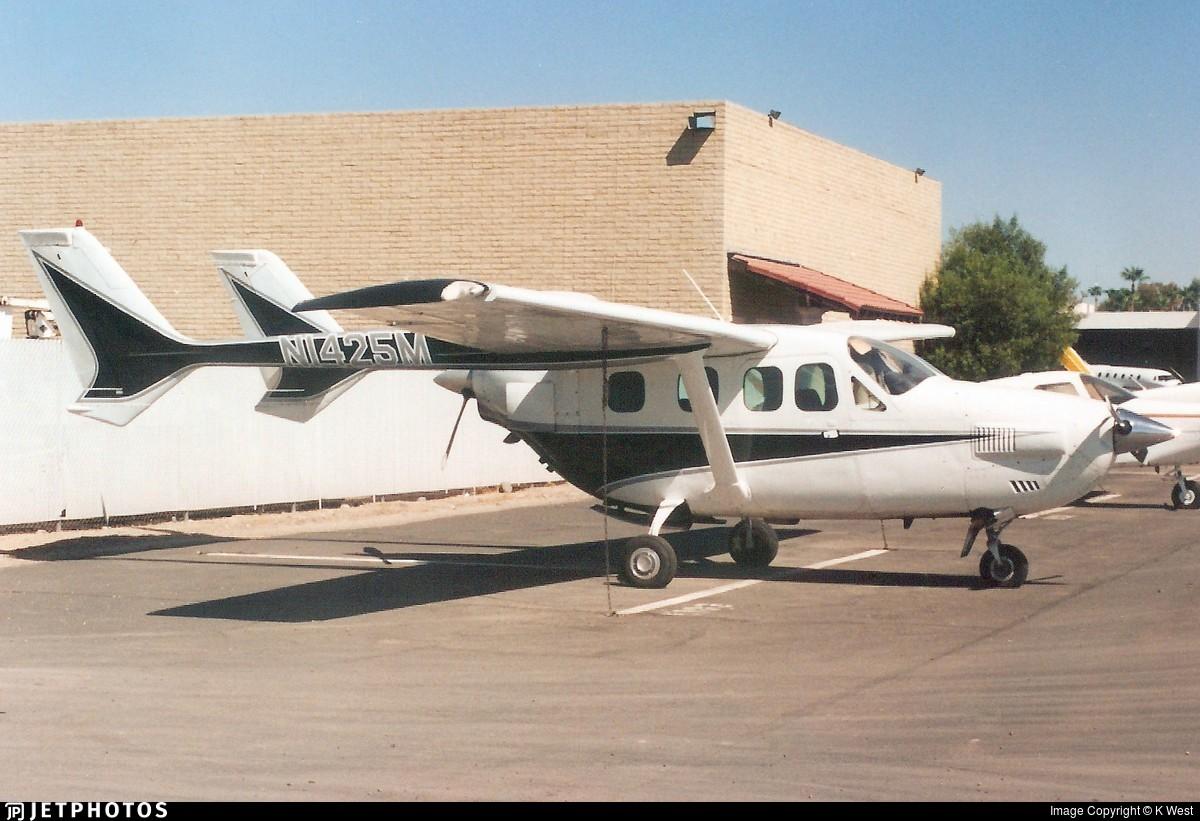 N1425M - Cessna T337G Super Skymaster - Private