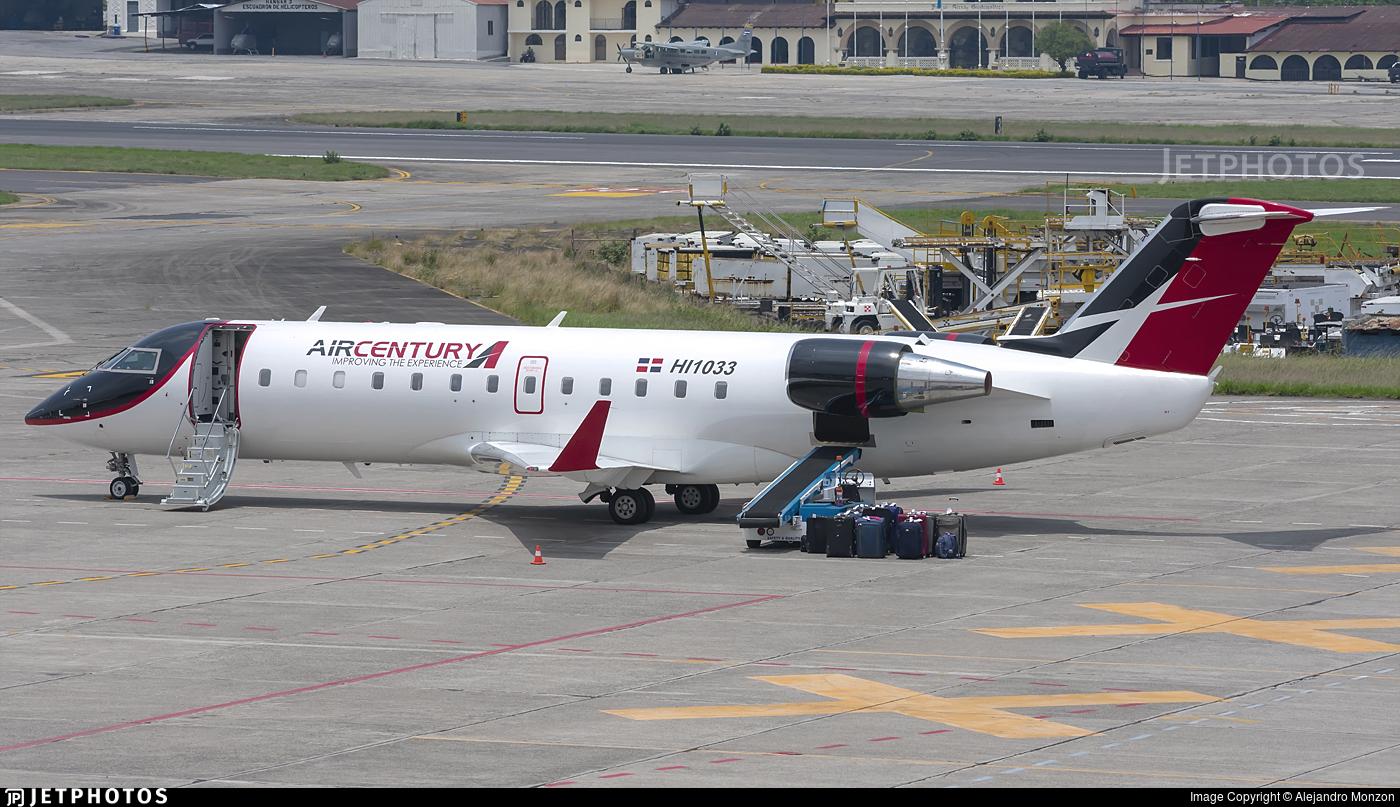HI1033 - Bombardier CRJ-200ER - Air Century