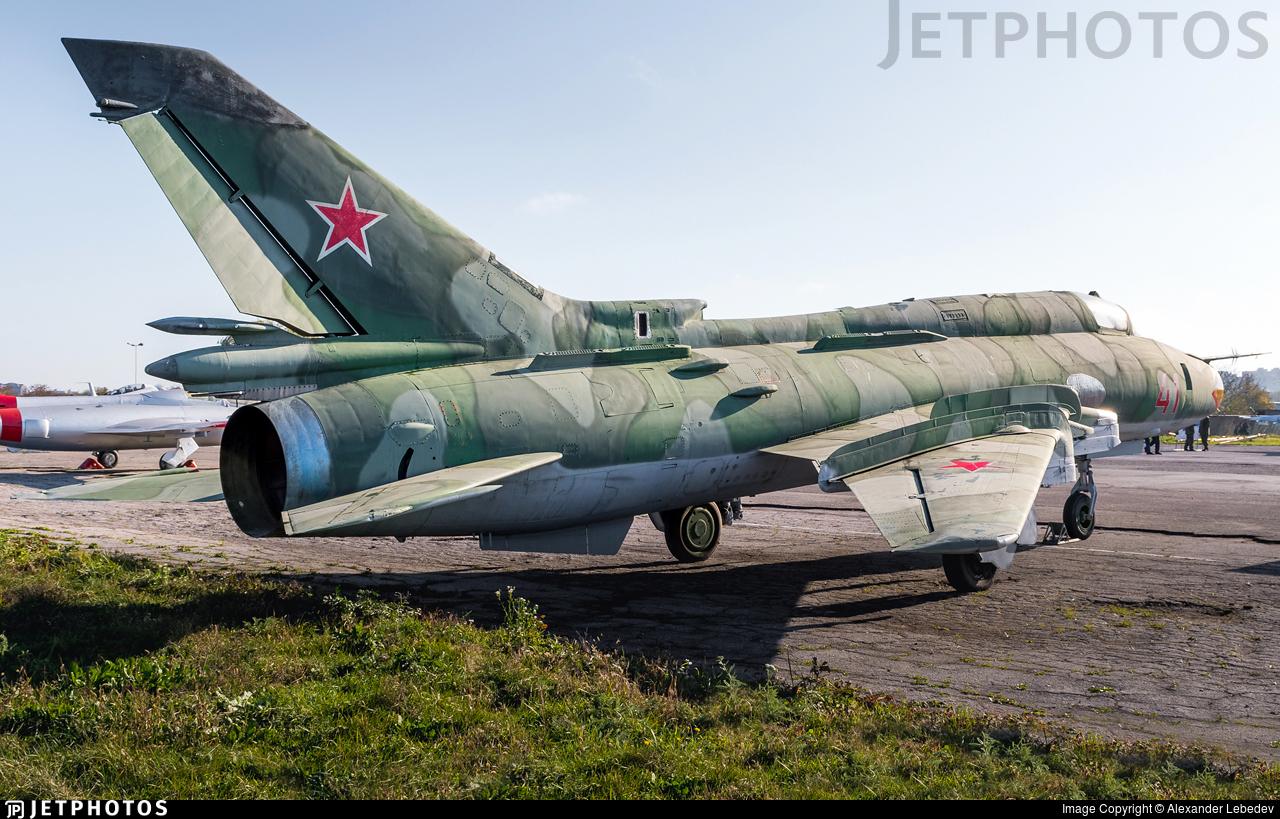 41 - Sukhoi Su-22M4 Fitter K - Soviet Union - Air Force