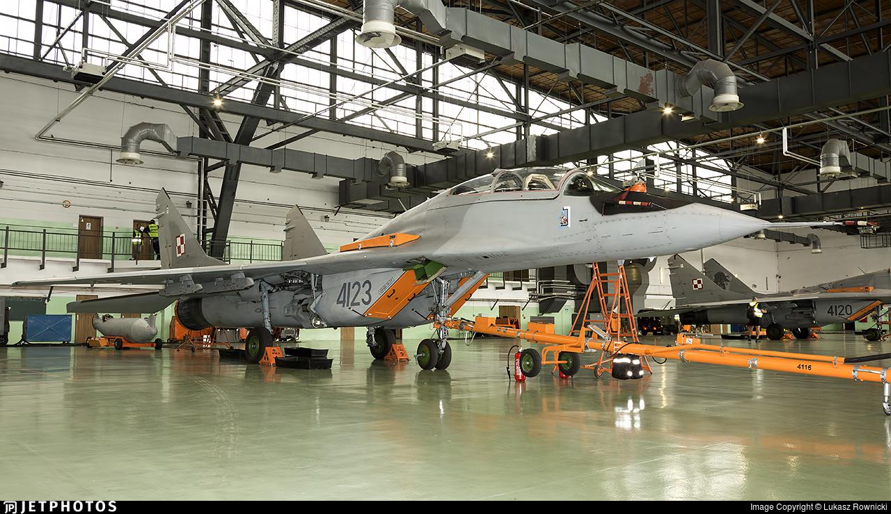 4123 - Mikoyan-Gurevich MiG-29UB Fulcrum B - Poland - Air Force