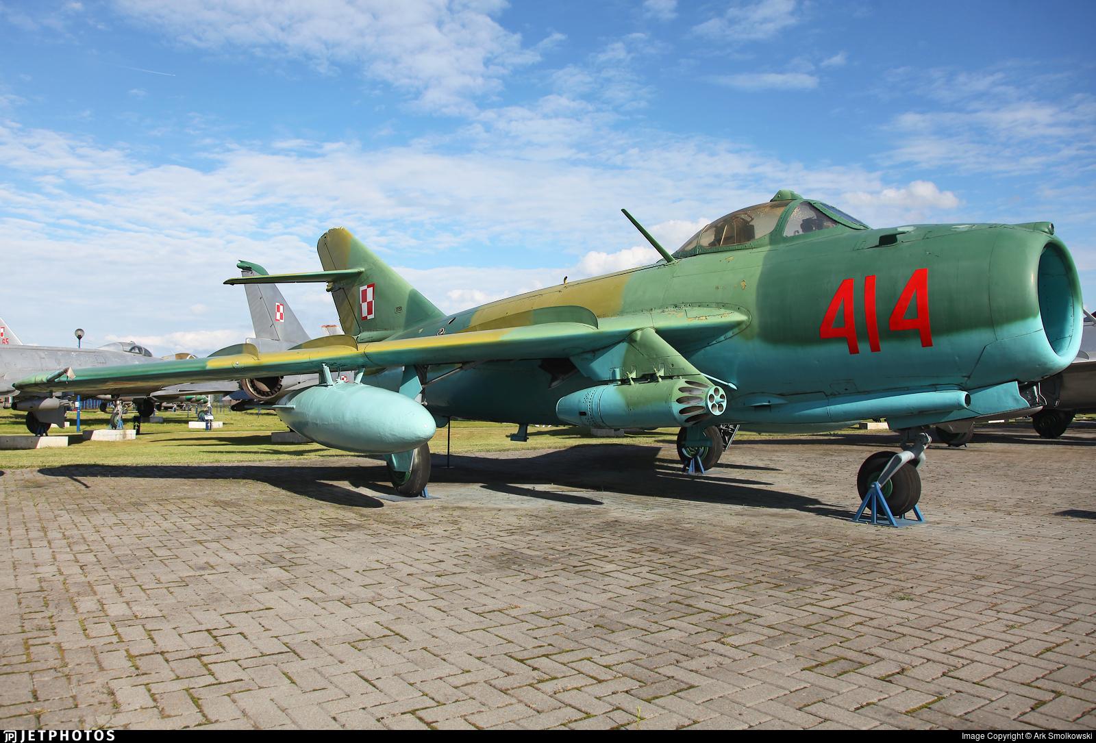 414 - Mikoyan-Gurevich MiG-15bis Fagot - Poland - Air Force