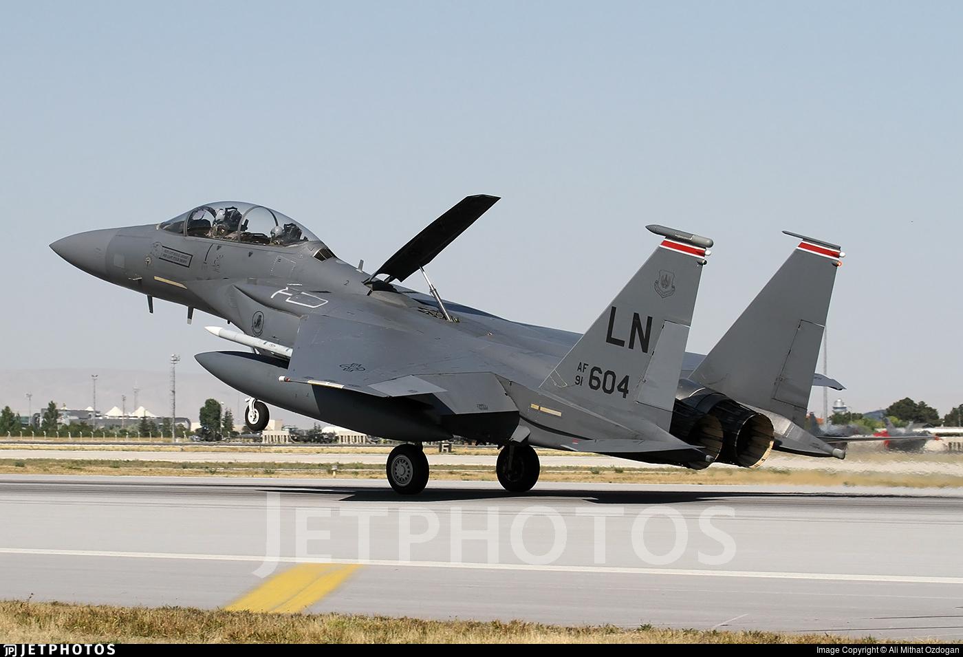 910604 McDonnell Douglas F15E