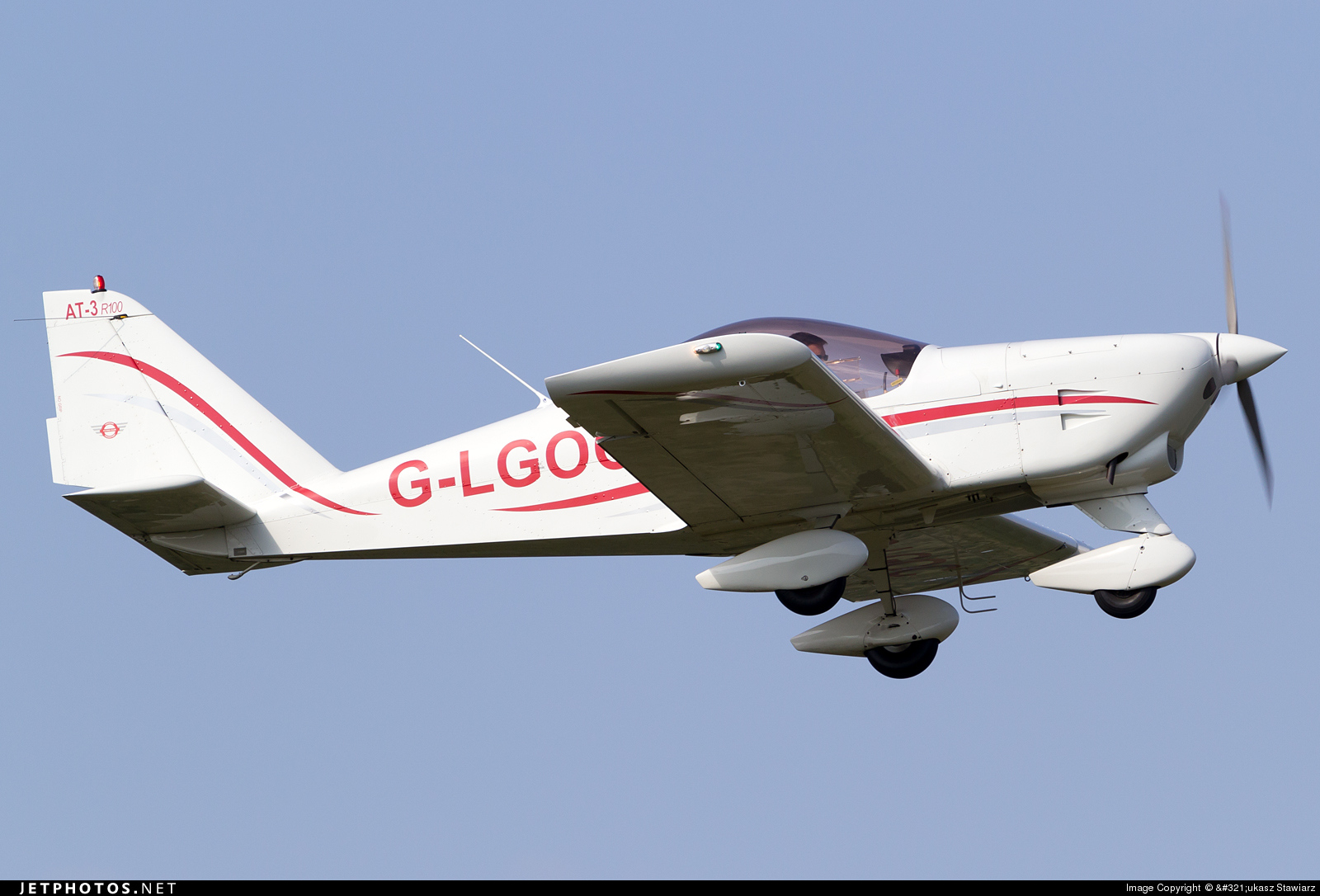 G-LGOC - Aero AT-3-R100 - Private