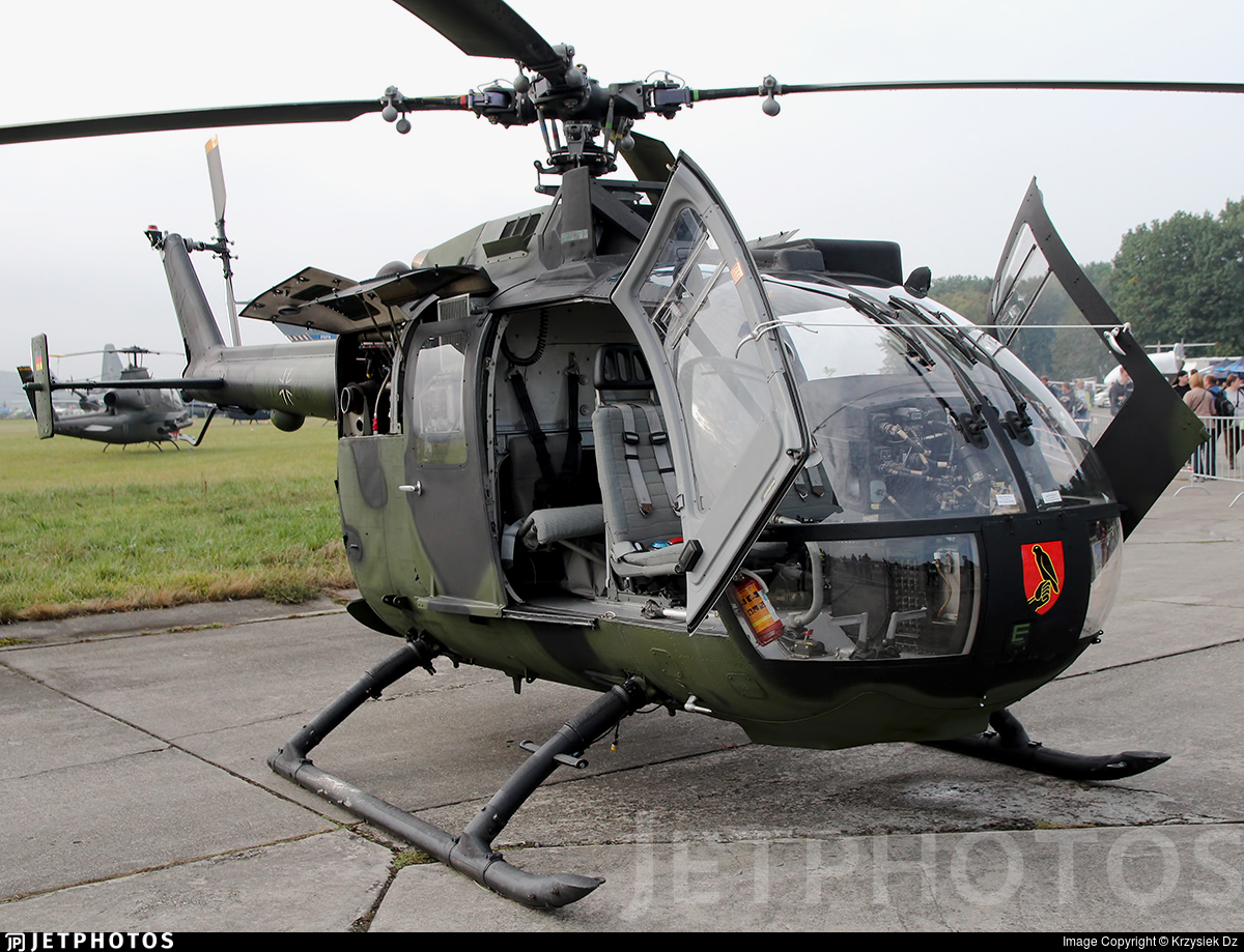 87-26 - MBB Bo105P1 - Germany - Army