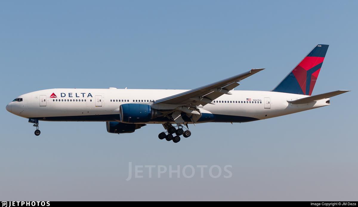 N867DA - Boeing 777-232(ER) - Delta Air Lines