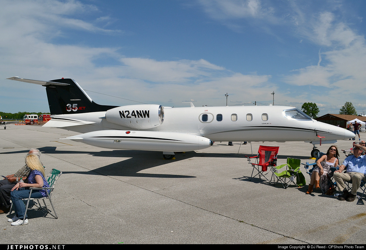 N24NW - Bombardier Learjet 35 - Private