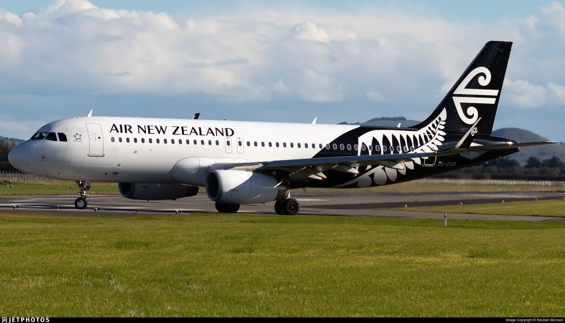 ZK-OXB - Airbus A320-232 - Air New Zealand