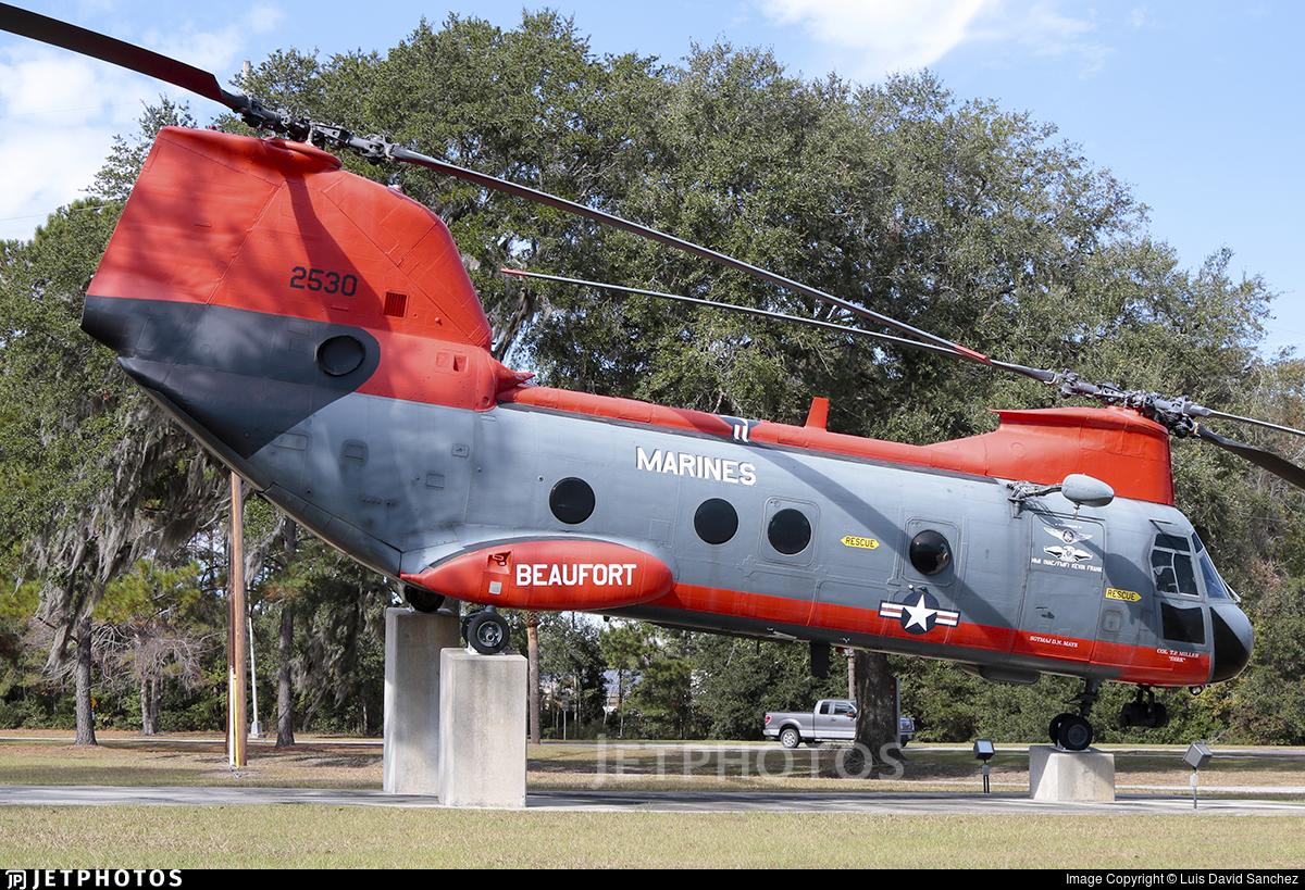 152530 - Boeing Vertol HH-46D Sea Knight - United States - US Marine Corps (USMC)