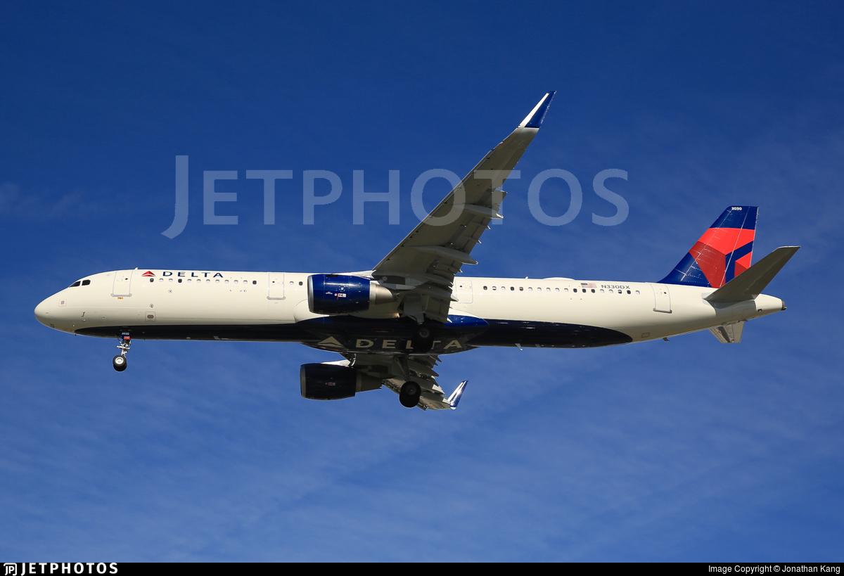 N330DX - Airbus A321-211 - Delta Air Lines