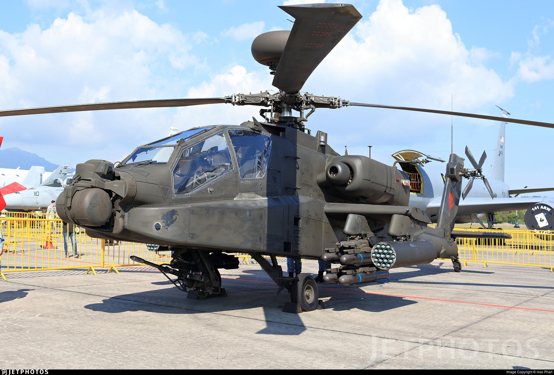 067 - Boeing AH-64D Apache - Singapore - Air Force