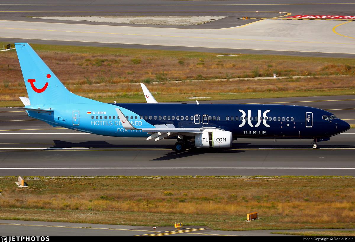 D-ABKM - Boeing 737-86J - TUI