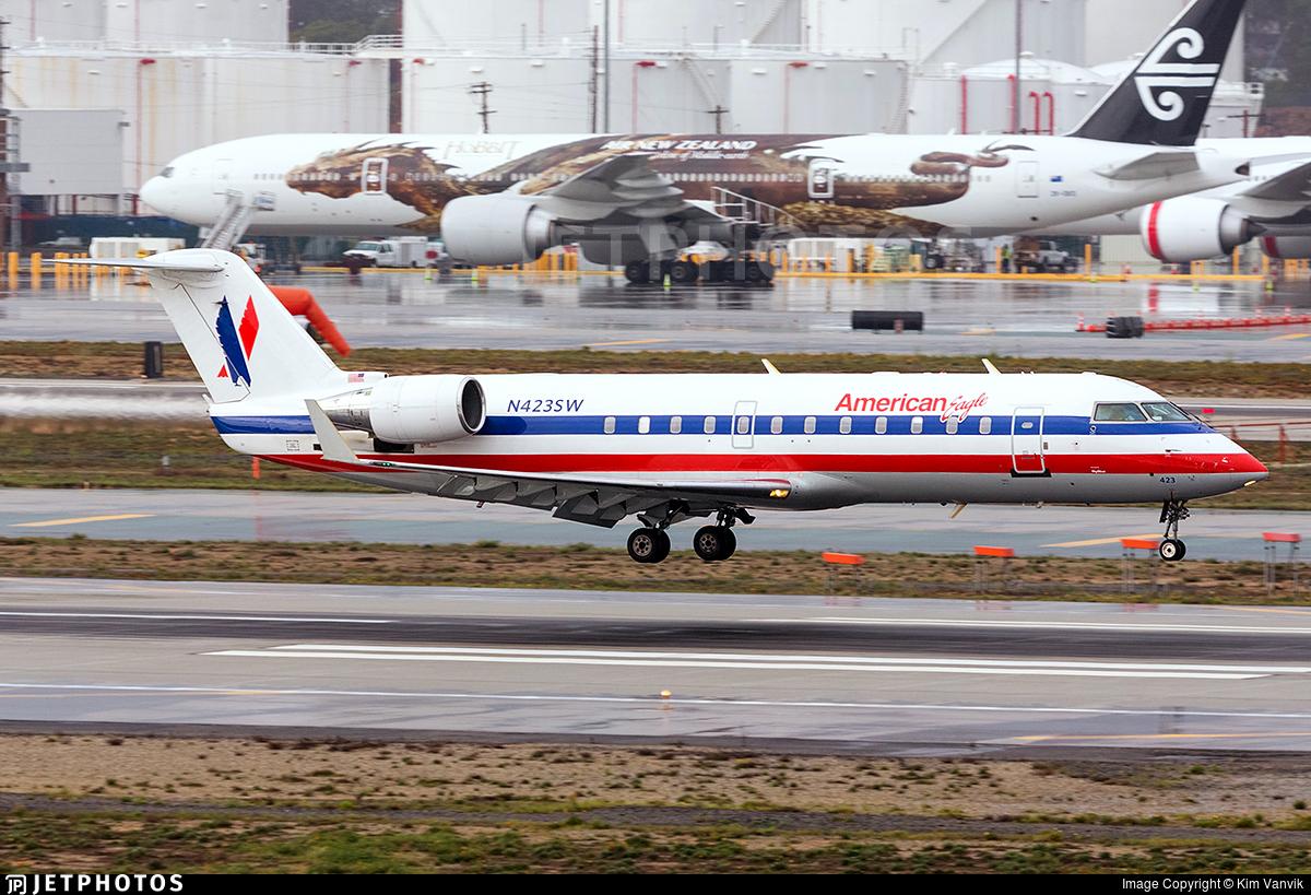 N423SW - Bombardier CRJ-200LR - American Eagle (SkyWest Airlines)