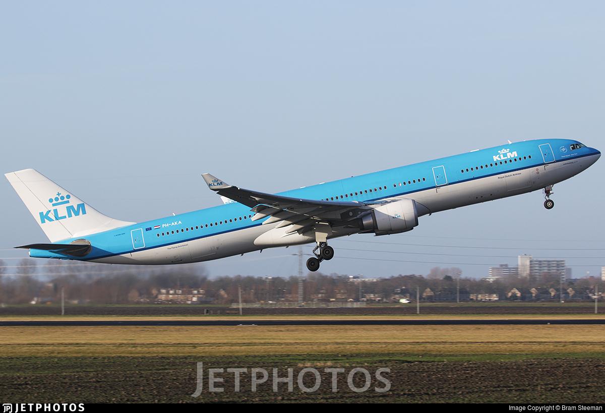 PH-AKA - Airbus A330-303 - KLM Royal Dutch Airlines