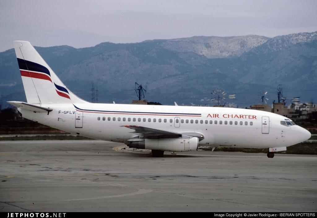 F-GFLV - Boeing 737-2K5(Adv) - Air Charter International