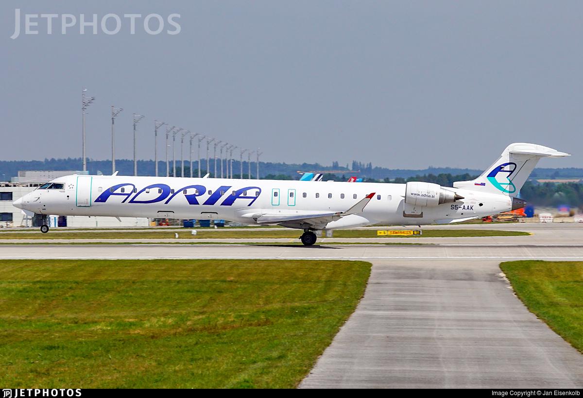 S5-AAK - Bombardier CRJ-900LR - Adria Airways