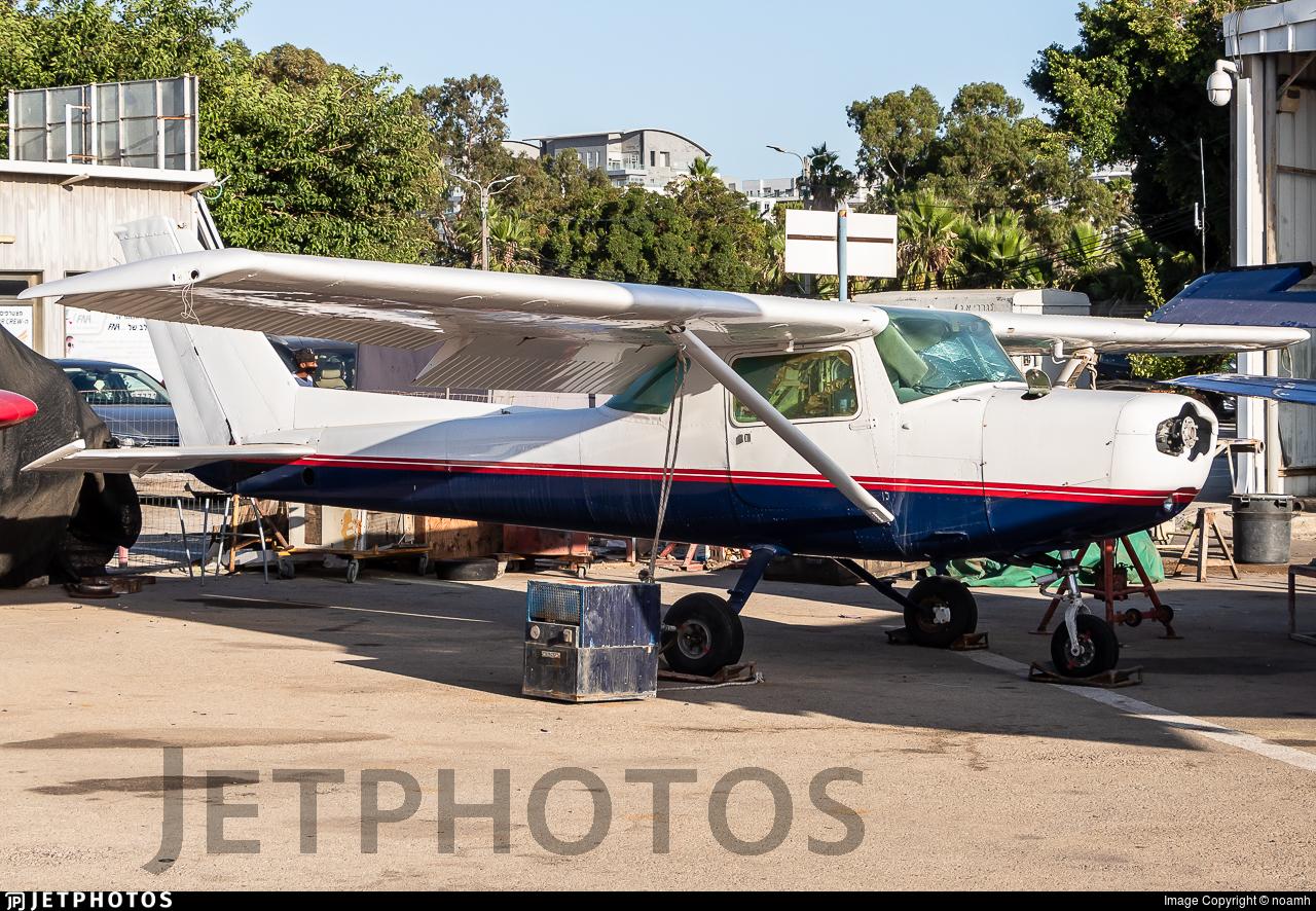 4X-ARW - Cessna 152 II - MoonAir