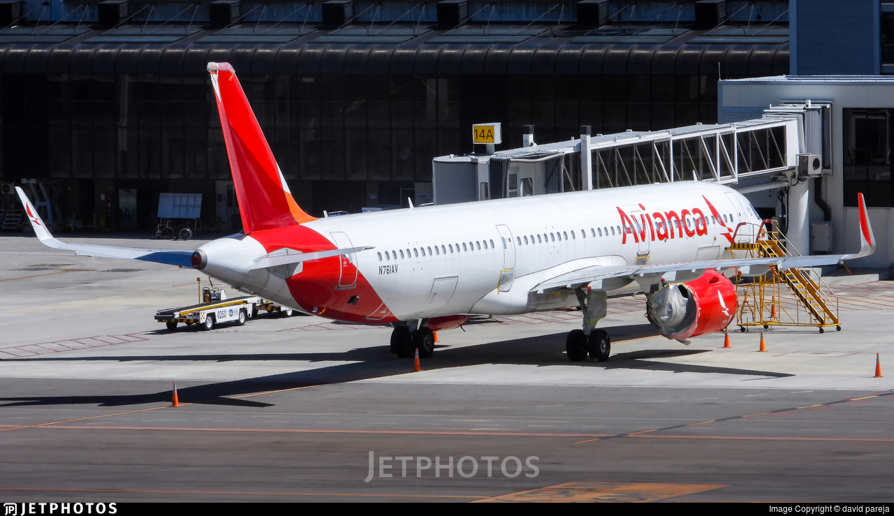 N761AV - Airbus A321-253N - Avianca