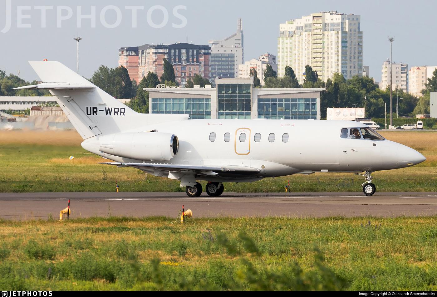 UR-WRR - Raytheon Hawker 800XP - Private