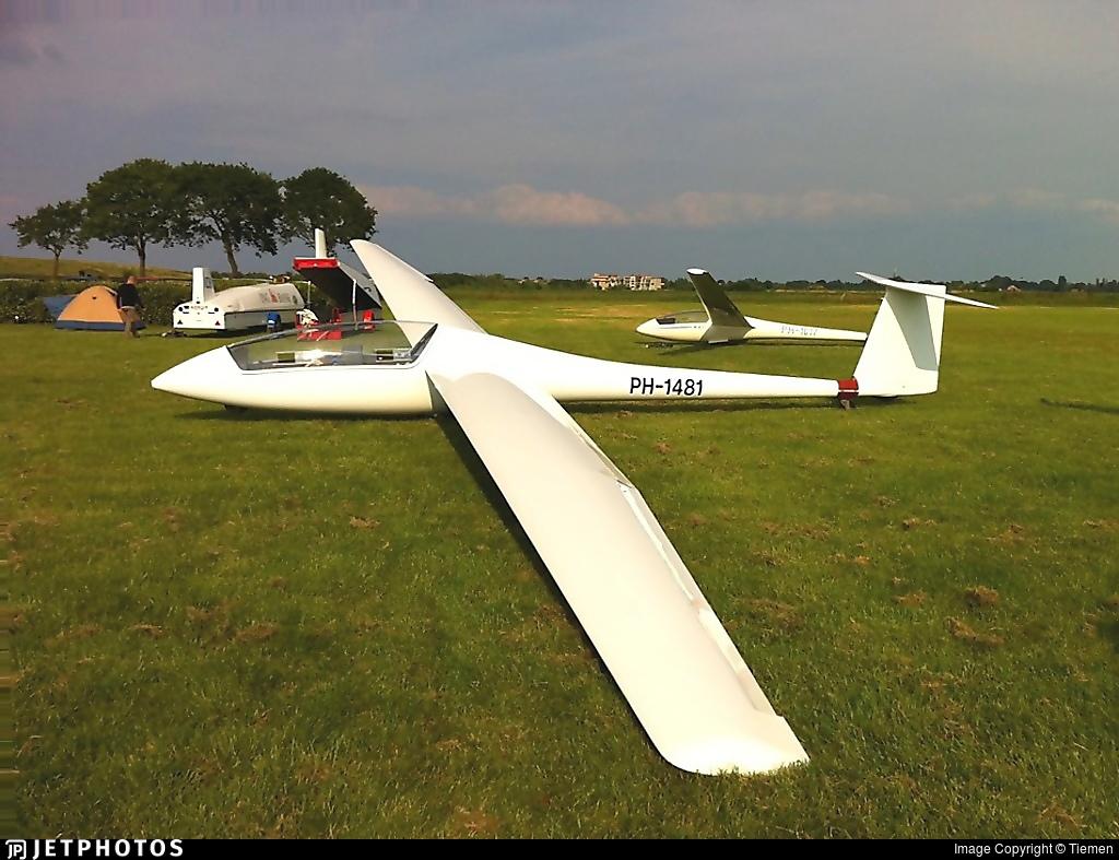 PH-1481 | Schempp-Hirth Janus A | Noord Nederlandse Zweefvlieg Club