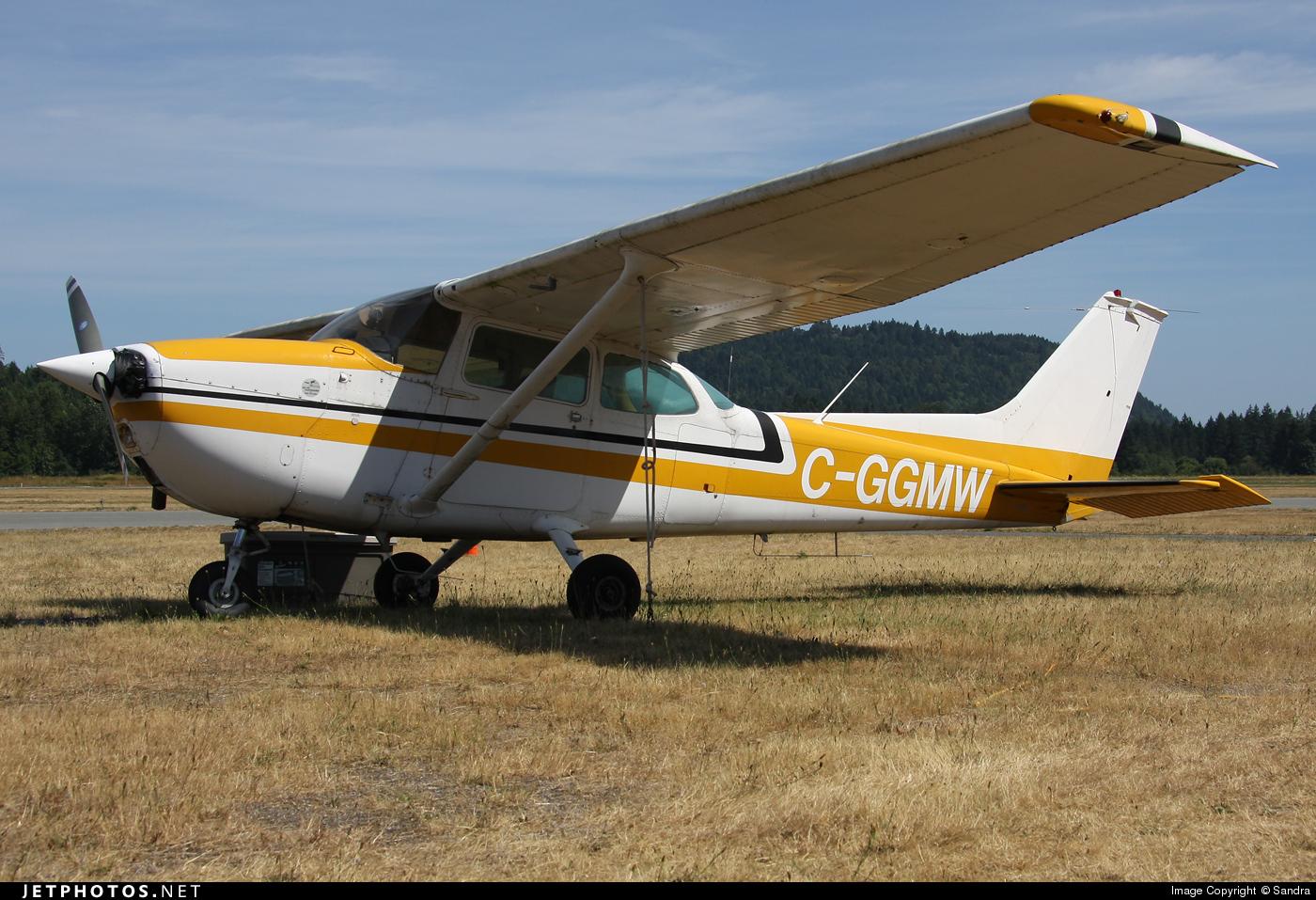C-GGMW - Cessna 172M Skyhawk - Private