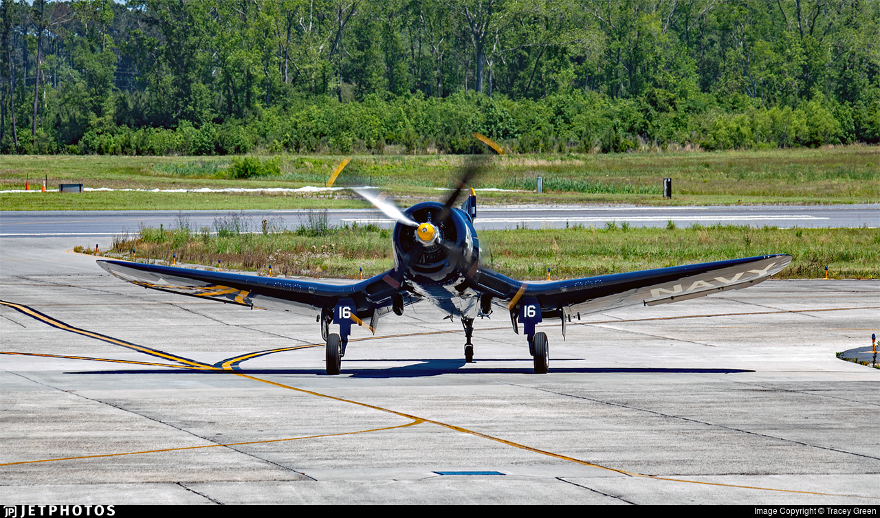 N713JT - Chance Vought F4U-4 Corsair - Private