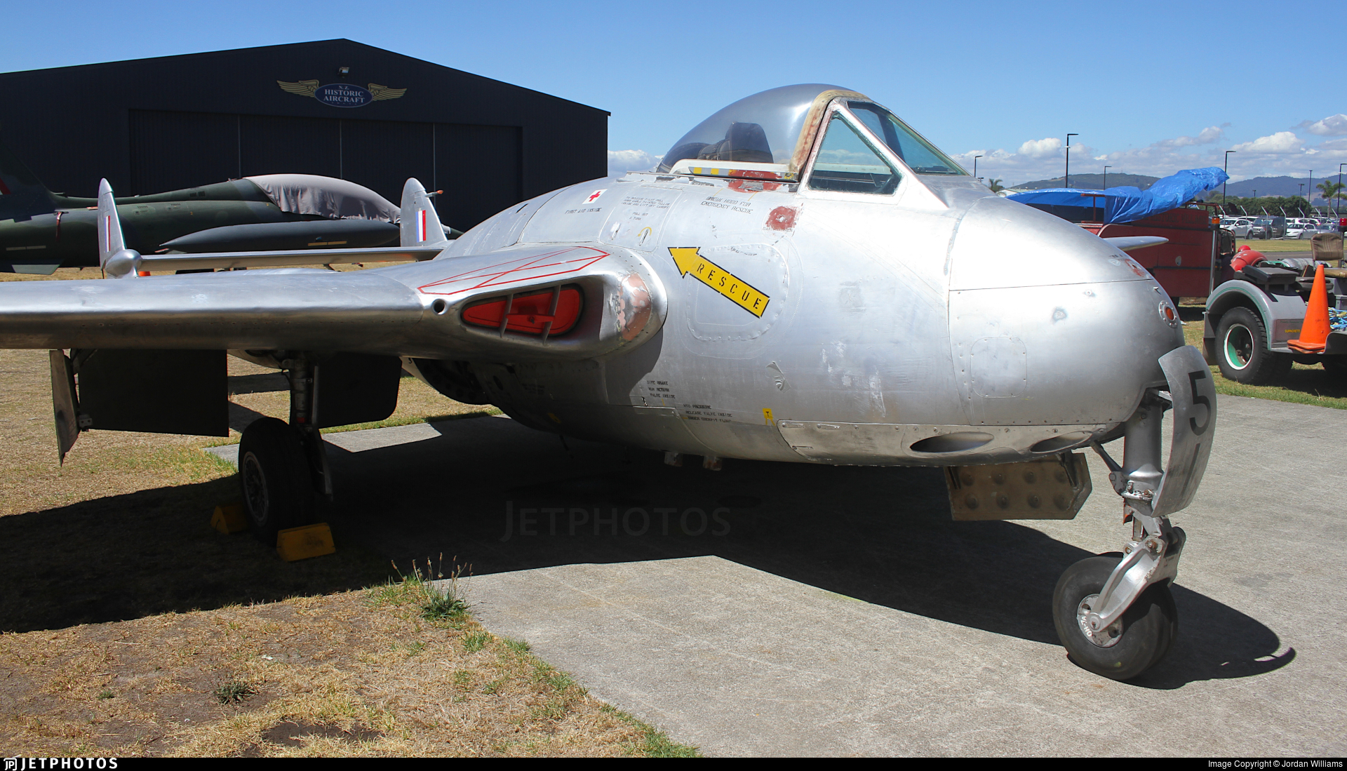 NZ5751 - De Havilland DH-100 Vampire - New Zealand - Royal New Zealand Air Force (RNZAF)