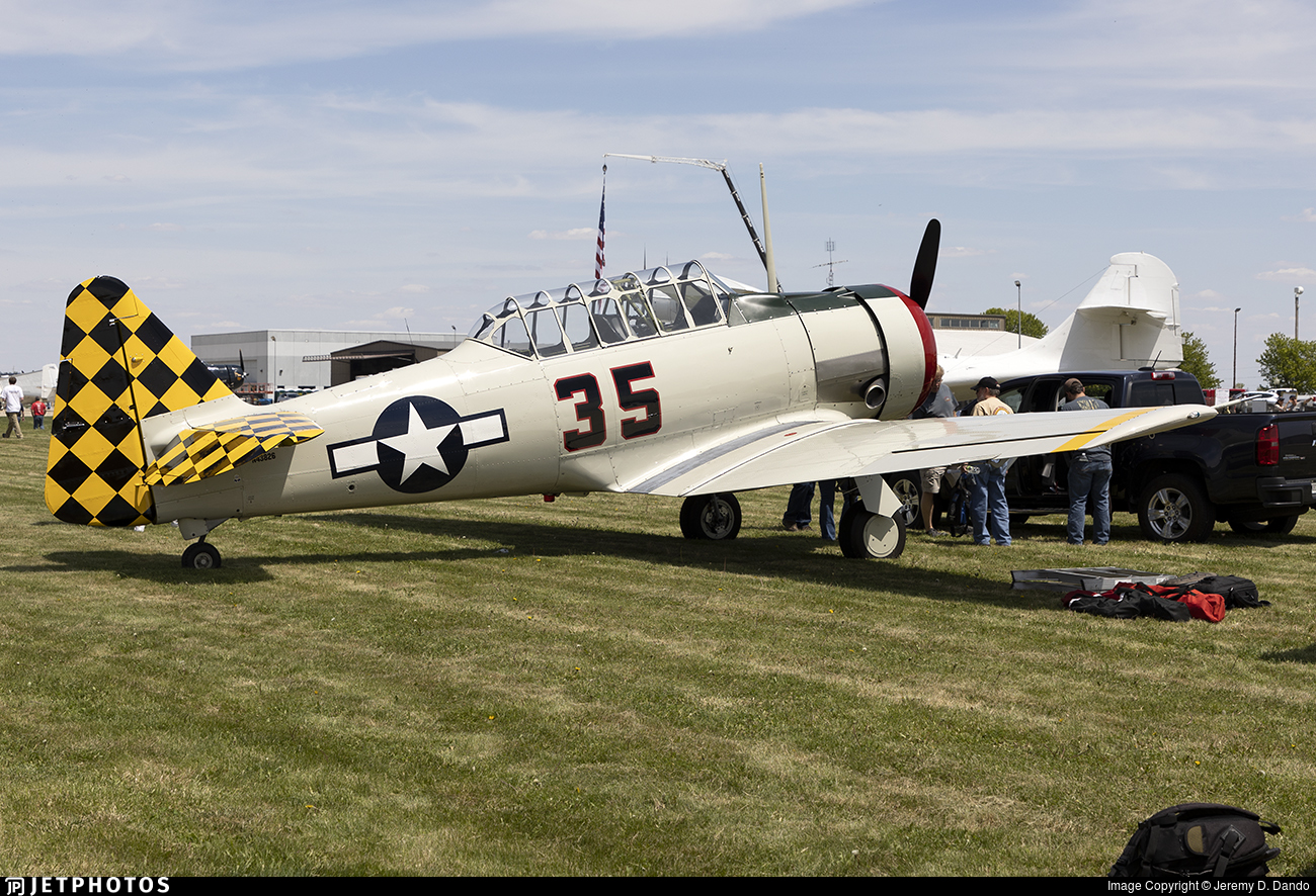 N43826 - North American AT-6D Texan - Private