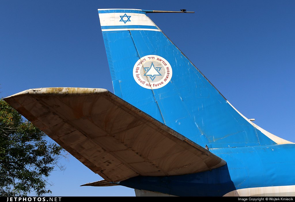 008 - Boeing EC-707 Re'em - Israel - Air Force