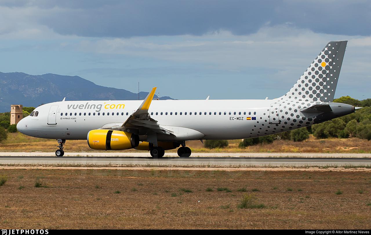 EC-MDZ - Airbus A320-232 - Vueling