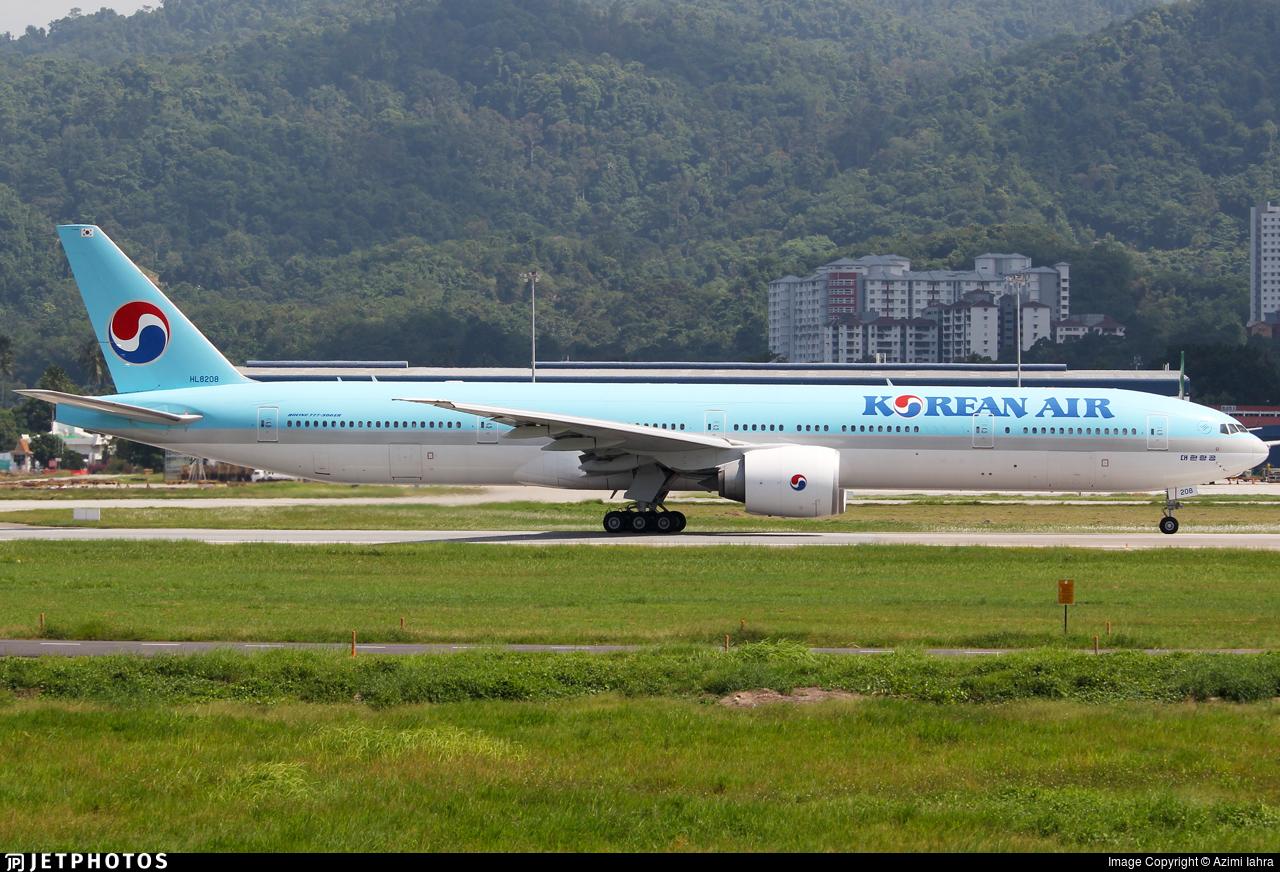 HL8208 - Boeing 777-3B5ER - Korean Air