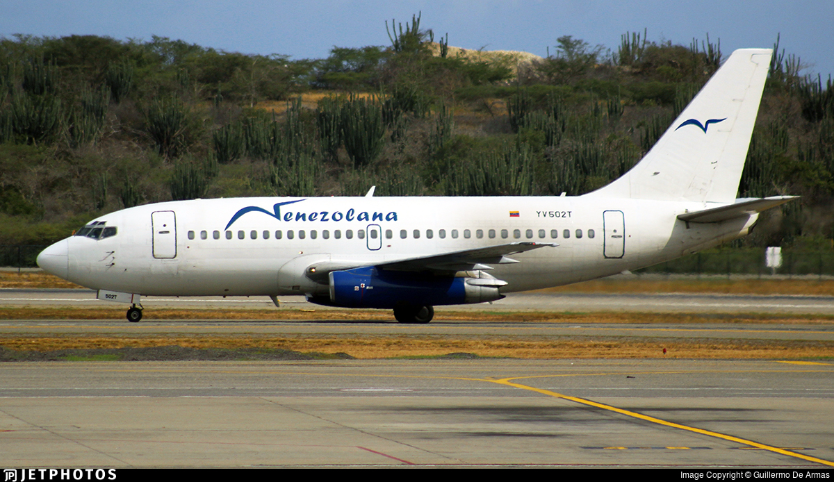 YV502T - Boeing 737-2A1(Adv) - Venezolana - Linea Aérea de Venezuela