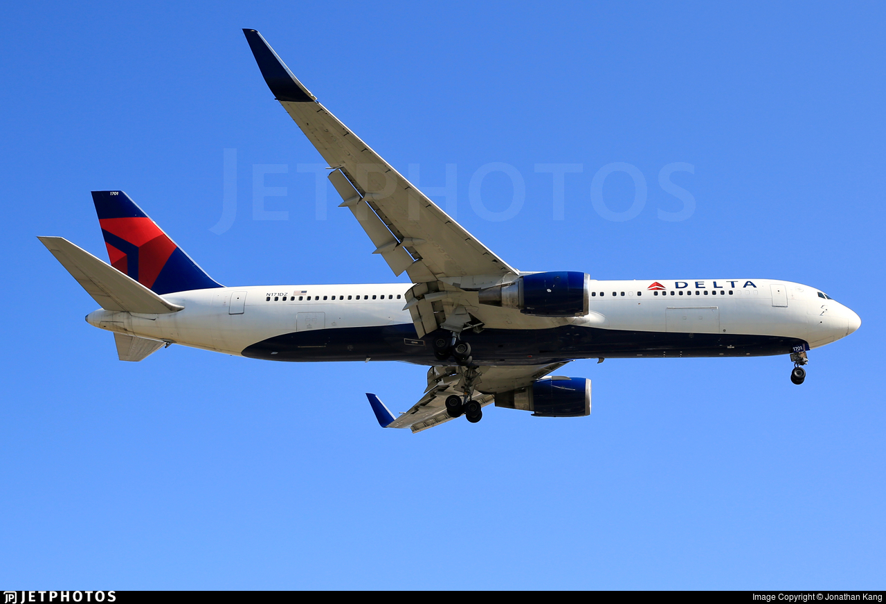 N171DZ - Boeing 767-332(ER) - Delta Air Lines