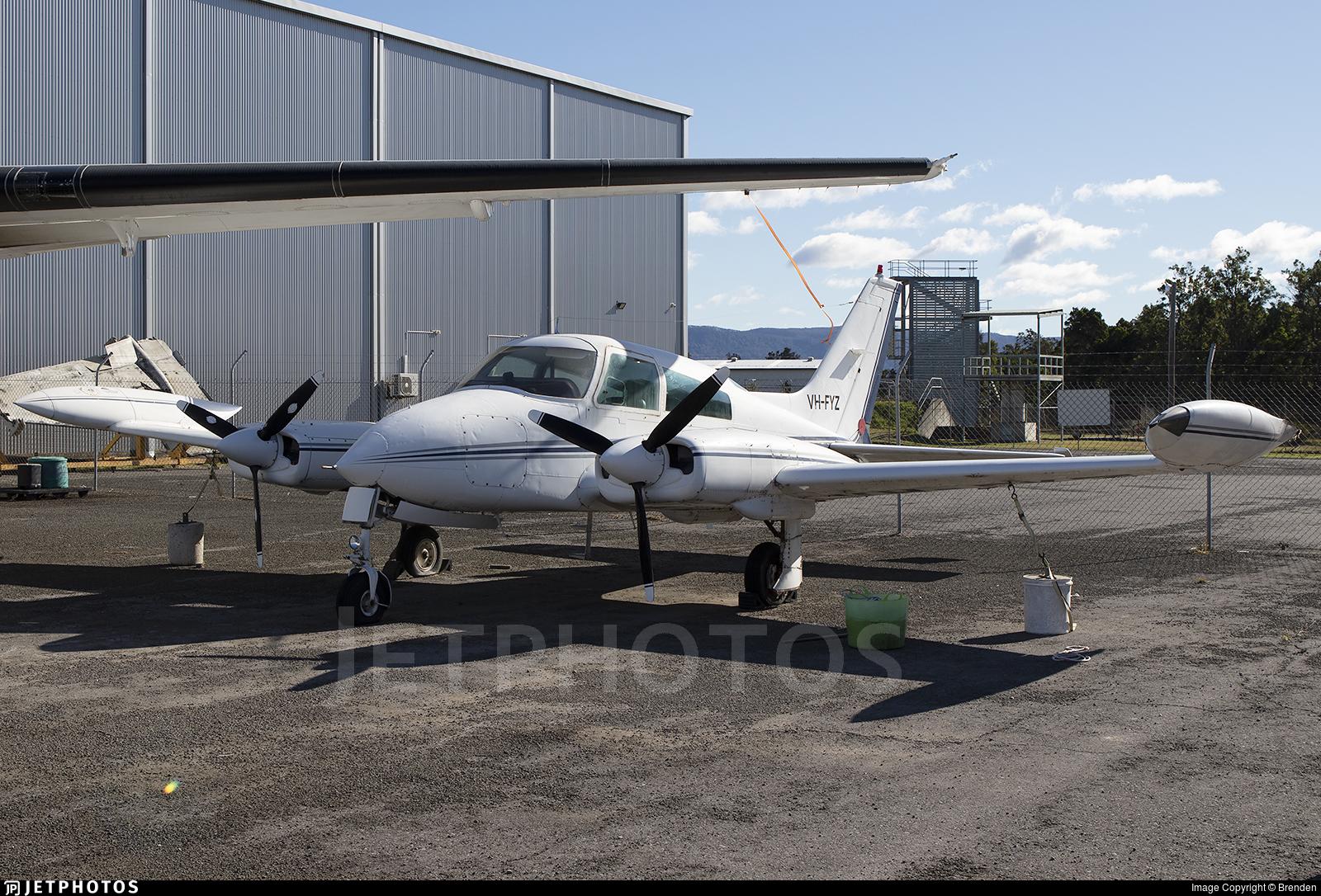 VH-FYZ - Cessna 310Q - Private