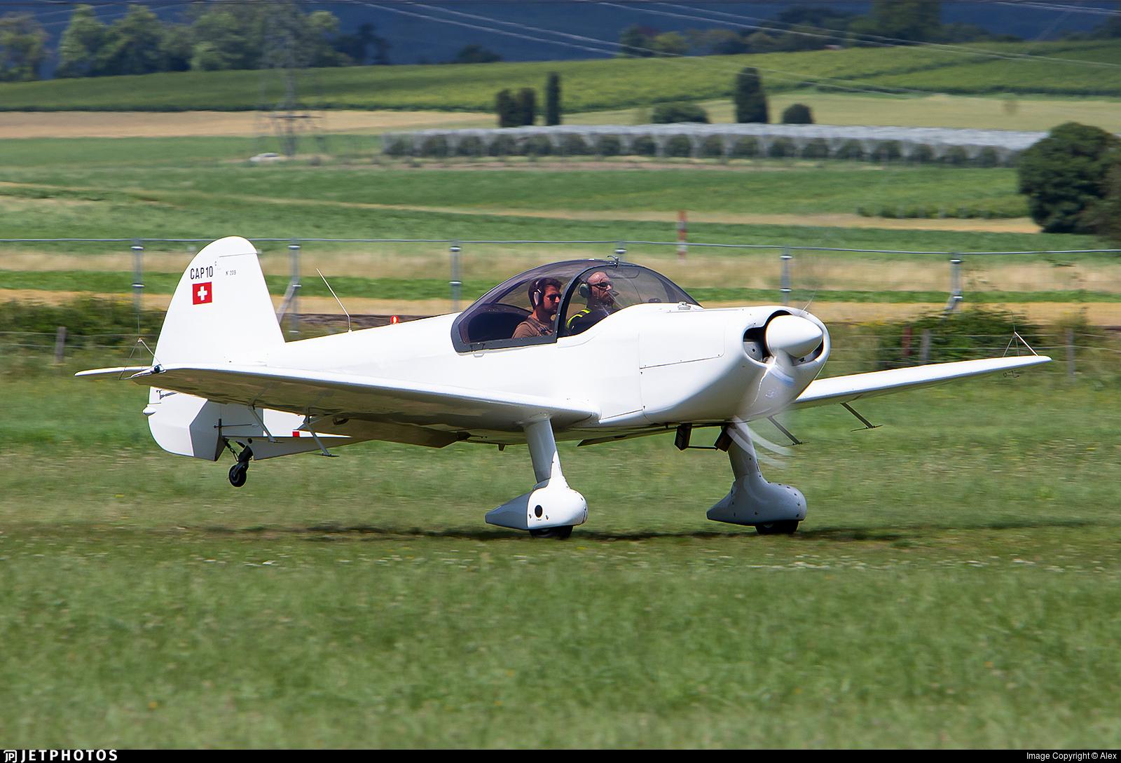 HB-SAX - Cap 10B - Groupement de Vol à Moteur Lausanne