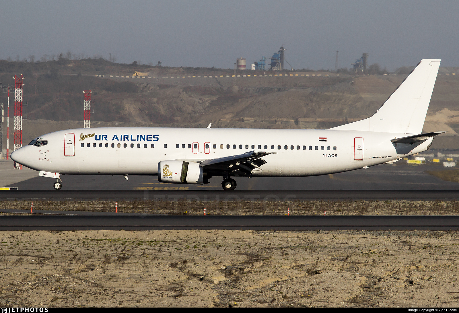 YI-AQS - Boeing 737-48E - UR Airlines