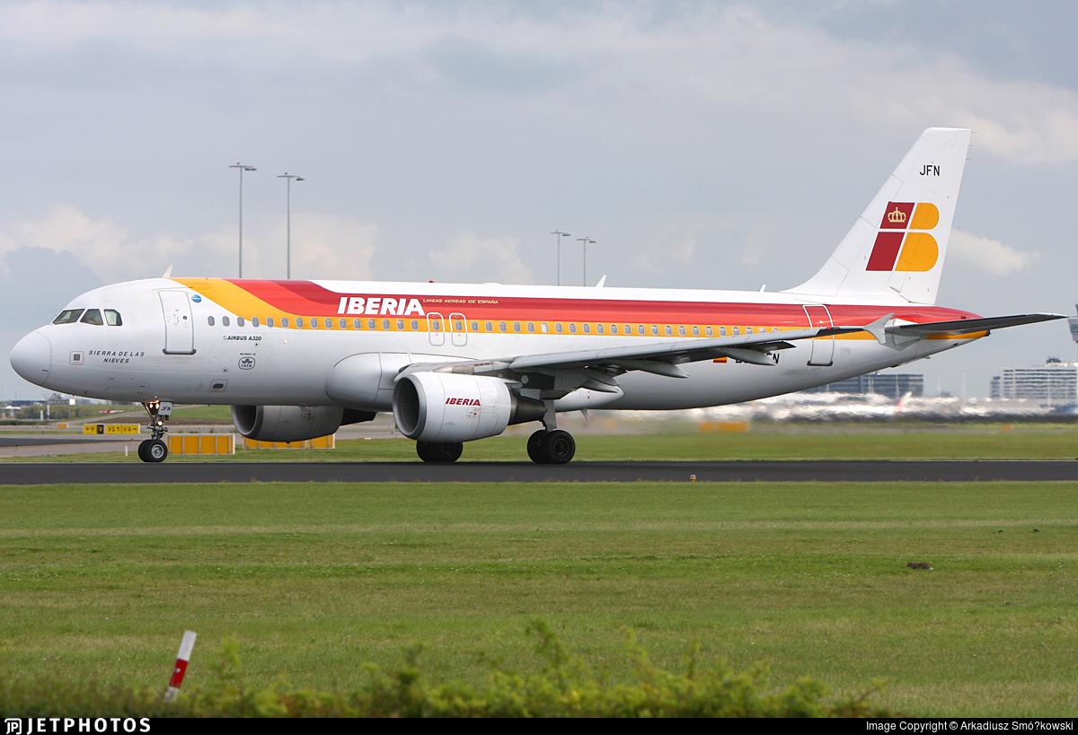 EC-JFN - Airbus A320-214 - Iberia