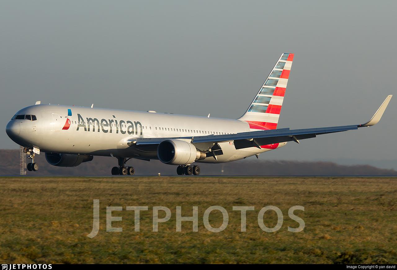 N394AN - Boeing 767-323(ER) - American Airlines
