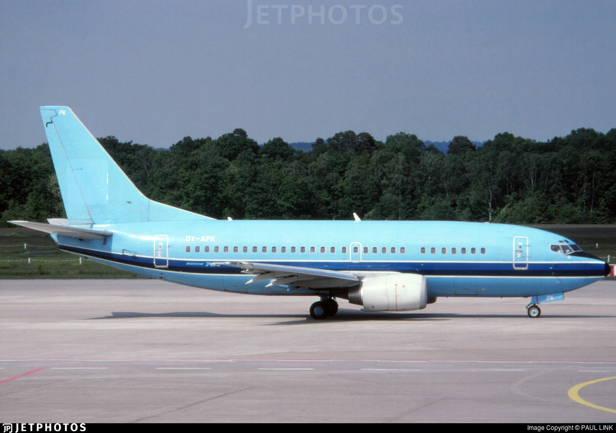 OY-APK - Boeing 737-5L9 - dba