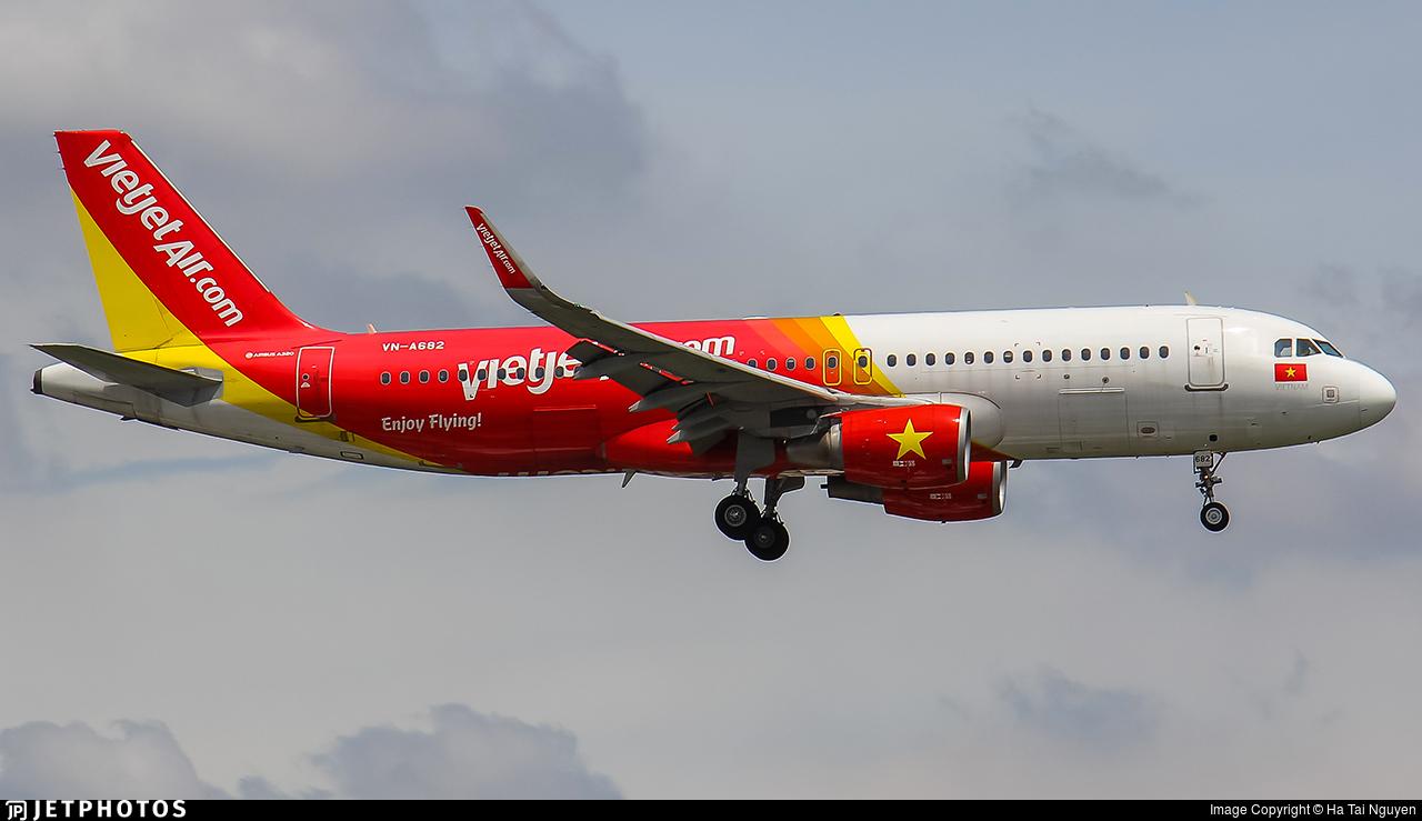 VN-A682 - Airbus A320-214 - VietJet Air