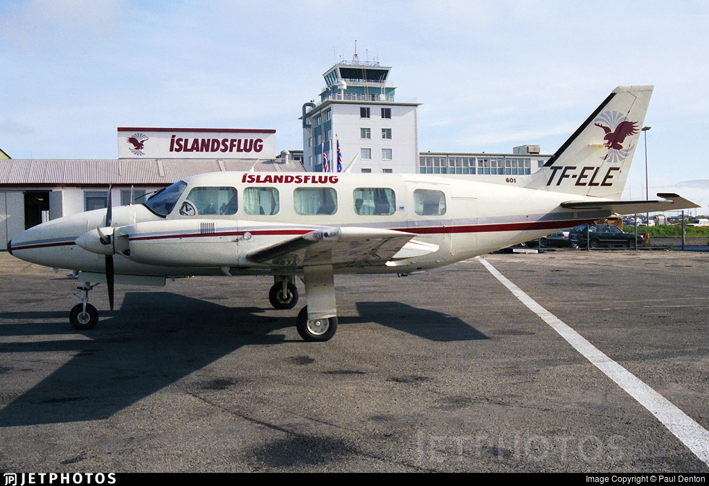 TF-ELE - Piper PA-31-350 Chieftain - Íslandsflug