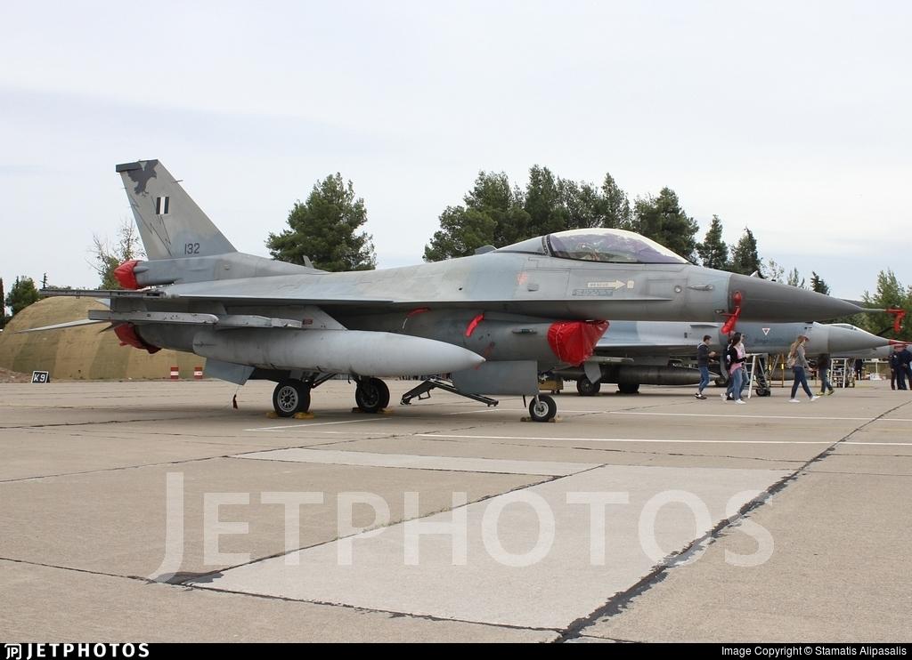 132 - General Dynamics F-16CJ Fighting Falcon - Greece - Air Force