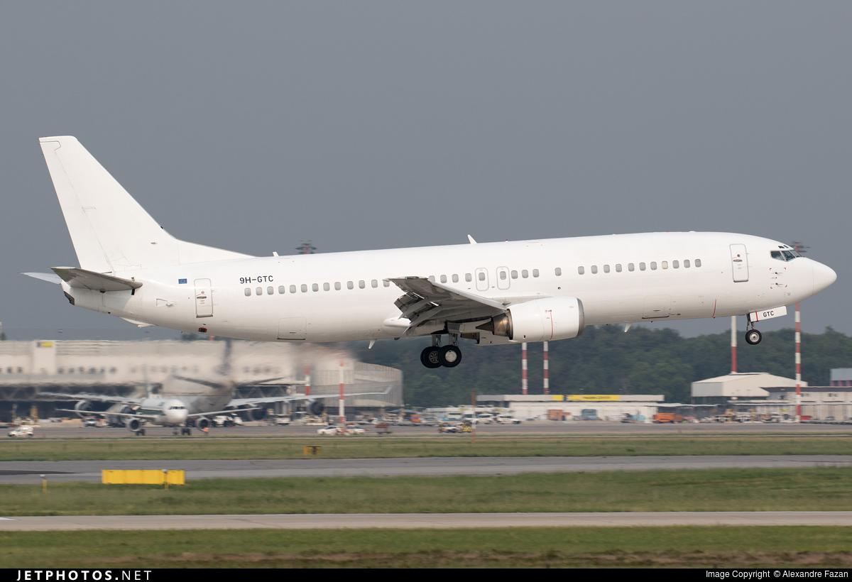 9H-GTC   Boeing 737-430   Air Horizont   Alexandre Fazan   JetPhotos