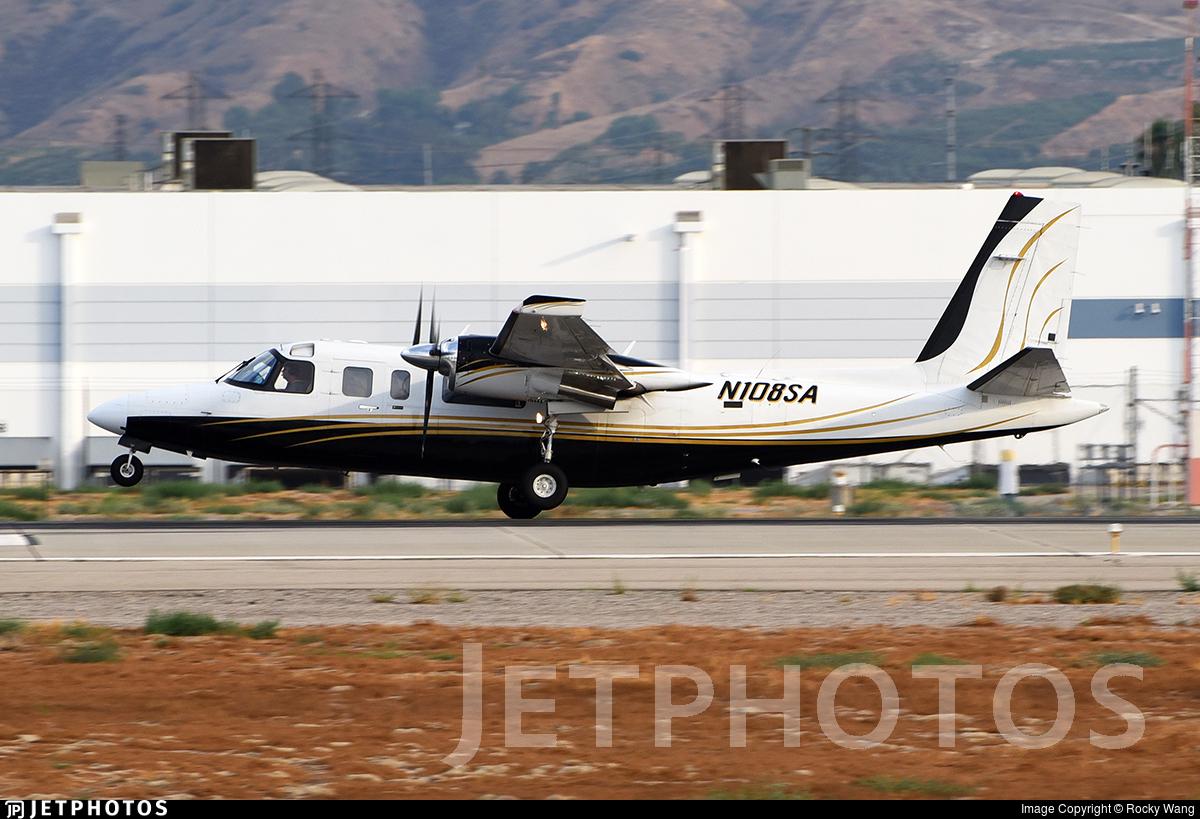 N108SA - Rockwell 690B Turbo Commander - Private