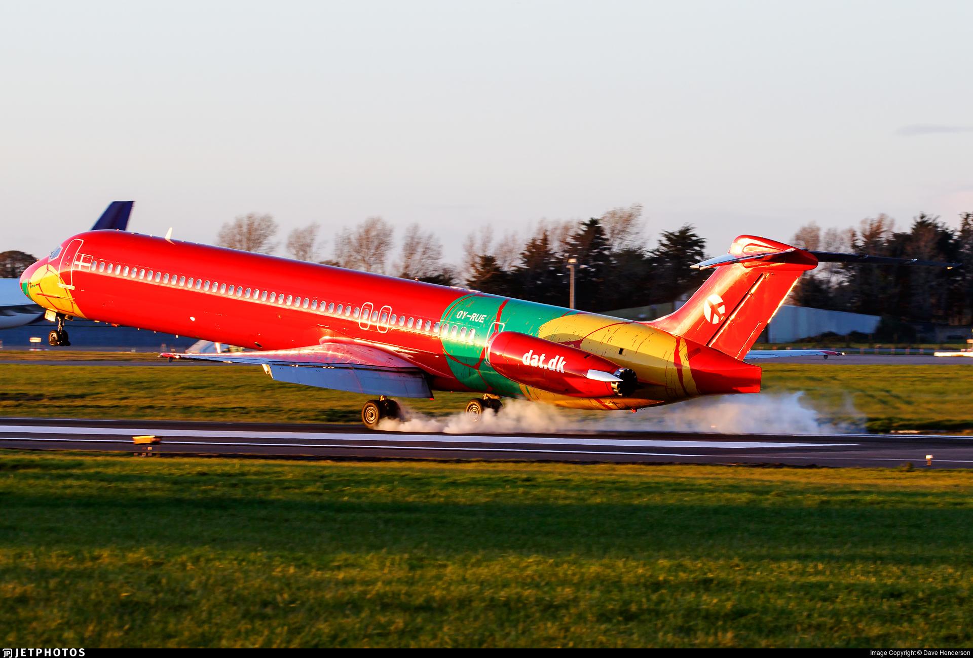 OY-RUE | McDonnell Douglas MD-83 | Danish Air Transport (DAT