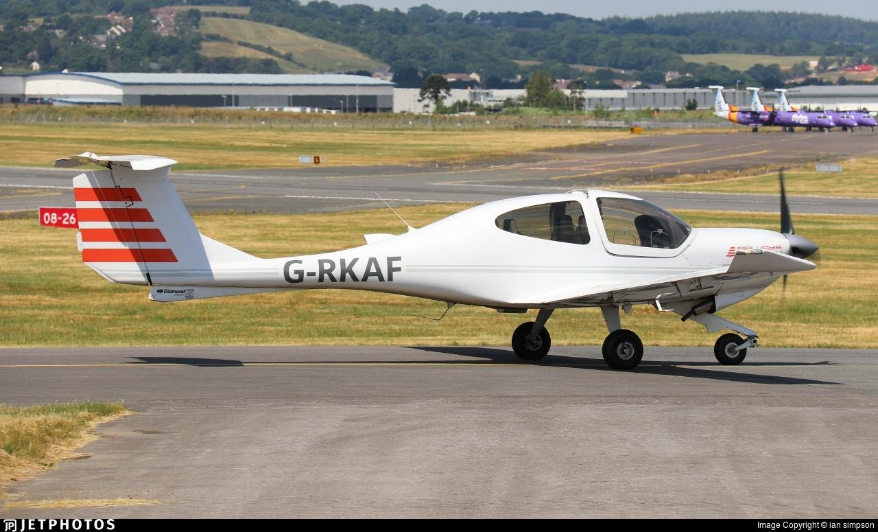 G-RKAF - Diamond DA-40D Diamond Star - Airways Aviation