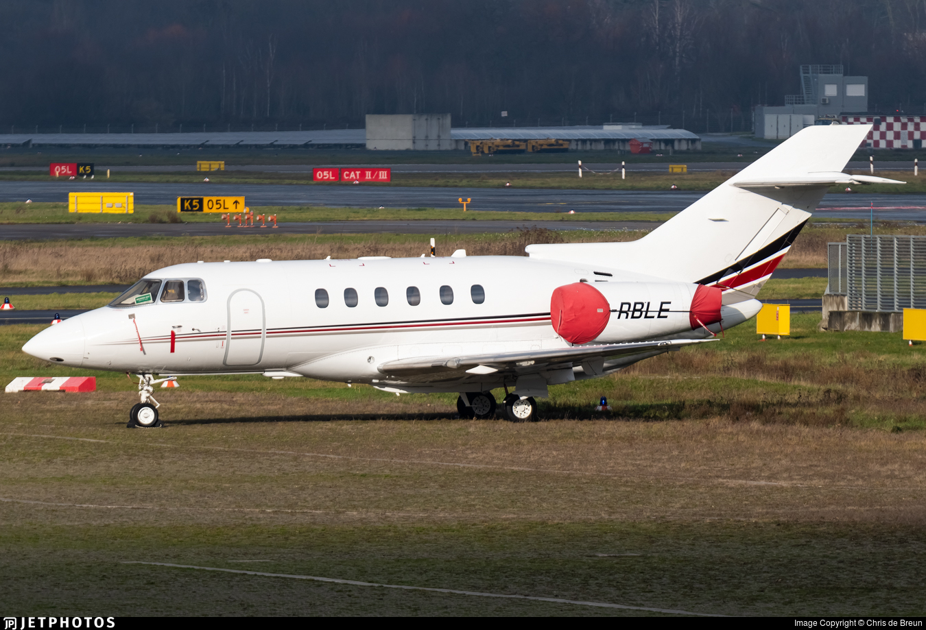 2-RBLE - Raytheon Hawker 750 - Private